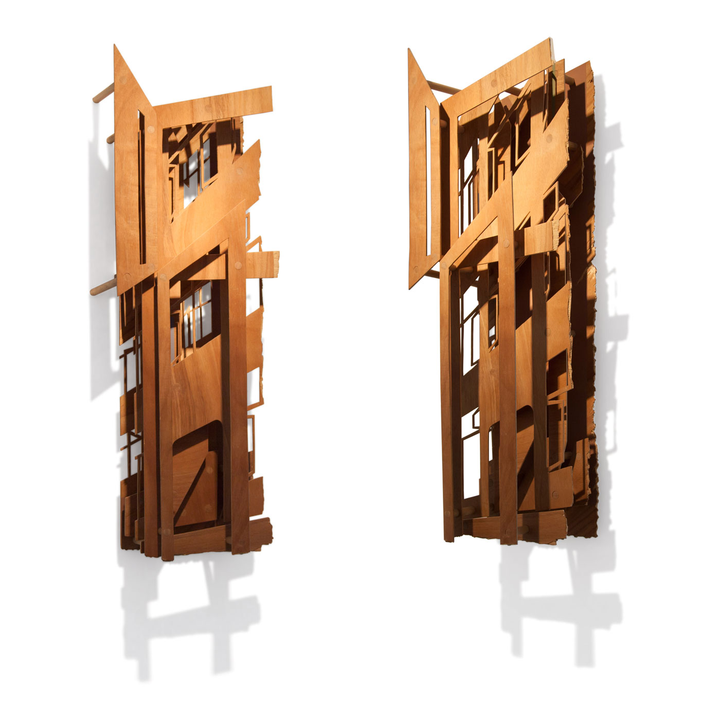 VASISTAS - cutout I, © 2009, oiled plywood and acrylic paint, 100 x 40 x 25 cm