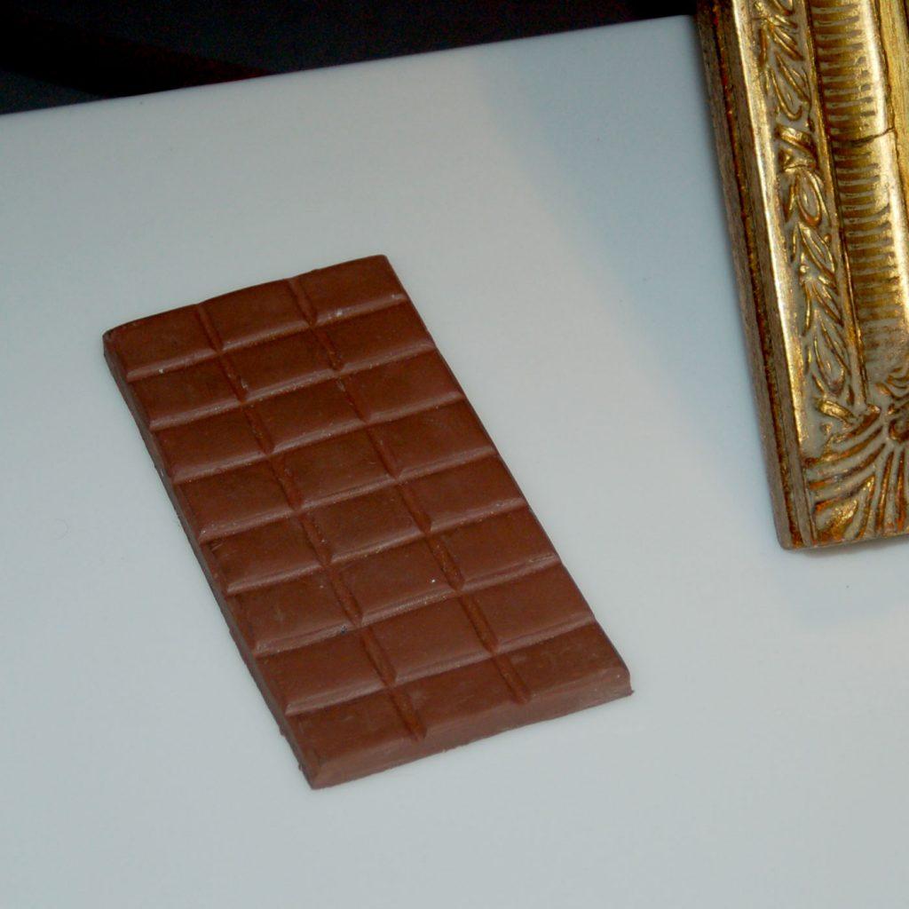 CHOCOLATE, © 2008, polyurethane, 8 x 15 x 1 cm